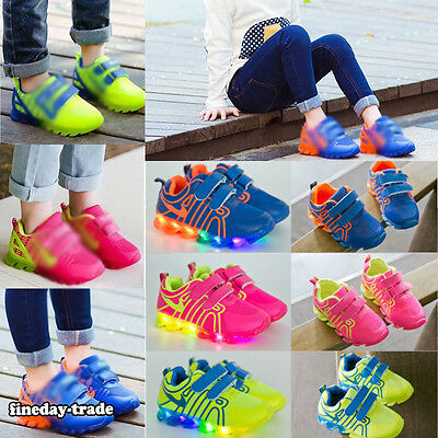 UK XMAS Promotion LED Light Up Kids Boys Girls Trainers Luminous Sneakers Shoes