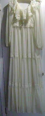 Vintage Union Made Antique Ivory Lace Tiered Long Wedding Gown Dress Size 12