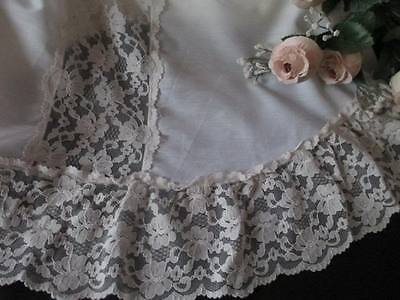 Vintage Single Bed Cover With Lace Trim - Made In Usa
