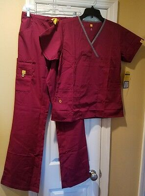 NEW WonderWink Wine Solid Scrubs Set With Small Top & Small Tall Pants NWT