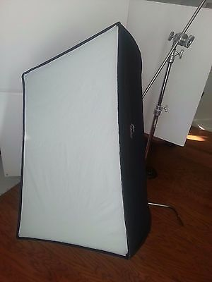 "PLUME WAFER 100 Softbox for Flash 30"" x 40"" (75 x 100cm) Clean,good,used working"