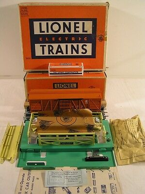 Lionel Post War Operating Cattle Car Set #3656, MINT