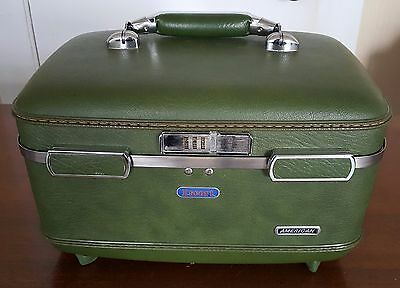 American Tourister Escort Luggage Train Case Hard Make Up Cosmetic Green + Tray