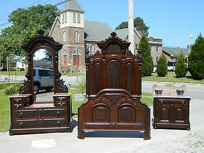 Fantastic Walnut Victorian 3 Piece Bedroom Set~Bed~Dresser~Washstand circa 1850