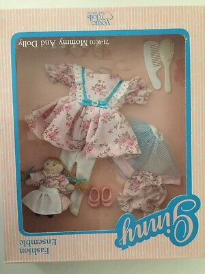 """Vogue Ginny Doll Fashions Ensemble """"71-9010 Mommy & Dolly""""  New In Package 1988"""