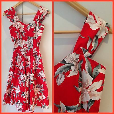 VINTAGE Retro ROYAL CREATIONS HAWAII Red Hibiscus ROCKABILLY SWING DRESS S