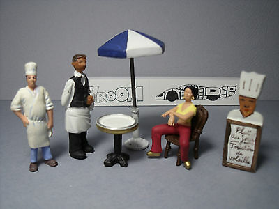 3  Figurines 1/43  Set 290  Le  Restaurant  Etoile  Vroom  Unpainted