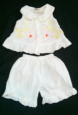LELE & CO White Top and bottoms capri pants 2 piece baby Girls Size 1 embroidery