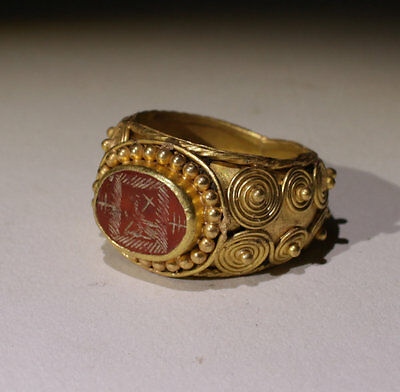 Substantial Ancient Roman Gold Intaglio Ring With Eagle - Circa 2Nd Century Ad