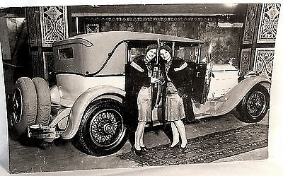 1929? Packard Super 8 w May & June Sievers at 1929 Auto Show