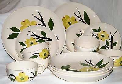 Nice 14pc Vintage ~Blue Ridge Southern Pottery~ DIXIE DOGWOOD Plates/Cups/Bowls
