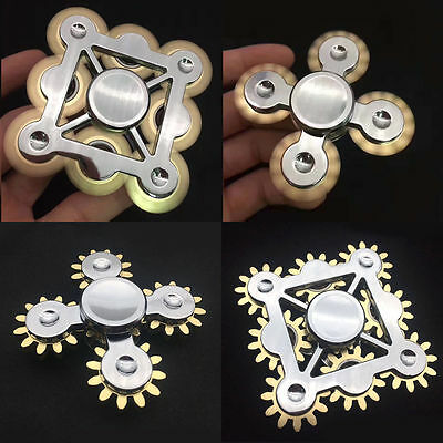 Funny 9 Teeth Gear linkage Finger Gyro Action Hand Spinner Anti-Stress Toy