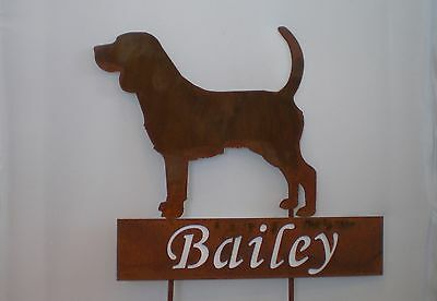 CONCRETE PAIR OF BEAGLE STATUES,MEMORIAL OR GRAVE MARKERS