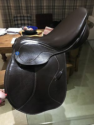 Stubben / Philippe Fontain Jumping Saddle 17.5 M