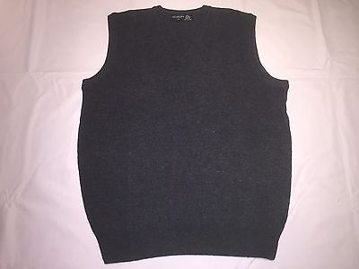 Clearance New Mens Henbury Lambswool Sleeveless V Sweater. Charcoal S x 20. N9.