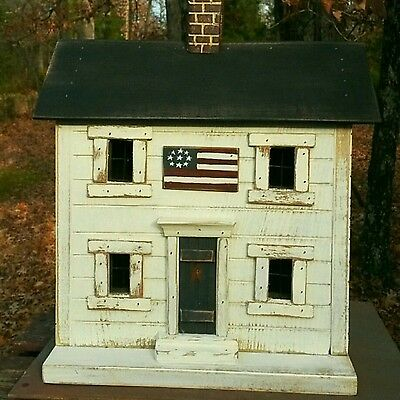 Americana, Primitive Farmhouse, Lighted House, Folk Art, Saltbox, Birdhouse