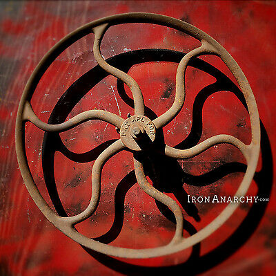 Lrg ORNATE IRON WHEEL Vtg Antique Cast Metal Industrial Curved Spoke Gear Pulley