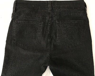 WOMEN'S NYDJ STRETCHY JEANS Sz 8 (MEASURES 29 x 30)