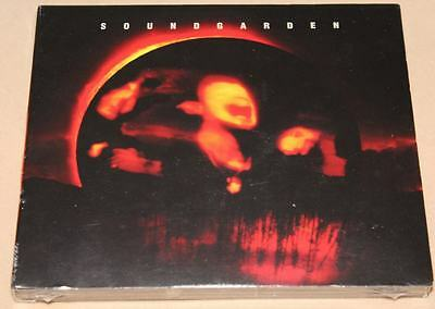 Superunknown [Best Buy Exclusive] by Soundgarden (CD, 2 Discs, A&M (USA))