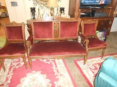 Lovely antique Victorian  parlor sette with chairs set.