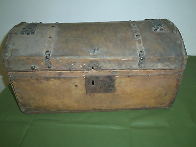 Vintage Raw Hide Covered Wood Stage Coach Dome Top Trunk Chest