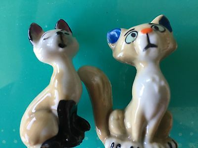 Wade Whimsies Figurines  2 cats Siamese And Comical Character Tom Cat