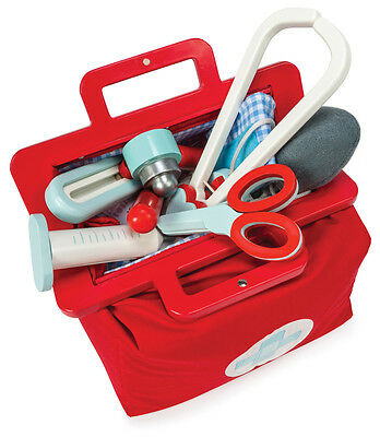 Le Toy Van Doctors Medical Kit Portable Set Wooden Toys in Carry Case