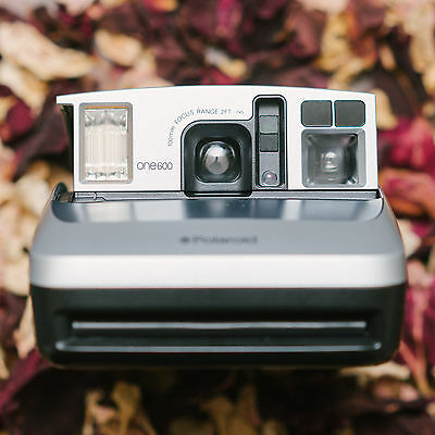 Polaroid One600 (Silver) Classic Instant Camera, Uses 600 Type Film