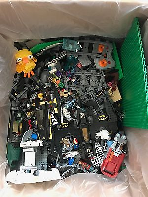 Lego 20 kg with minifigures