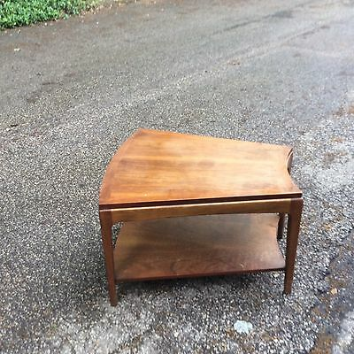 Lane Rounded / Wedge Shaped Walnut End Table Mid Century Modern