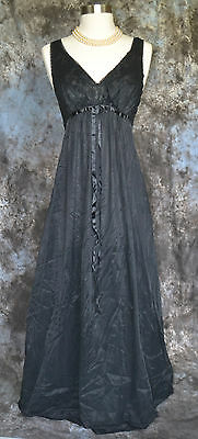 Vintage 50's Black Lace Lined Nightgown By Vanity Fair Size 32