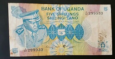 Uganda 1973 and 1982 UNC 5 Shilling banknote set serial #299933 and 732212
