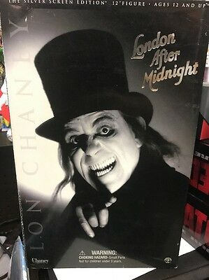 """Sideshow  London After Midnight Silver Screen 12"""" Action Figure"""