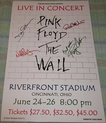 Pink Floyd The Wall Riverfront Stadium 1981 Replica Concert Poster W/top Loader