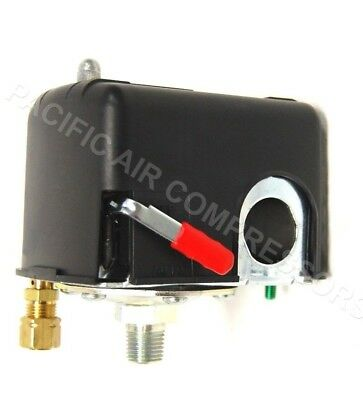 Square D Pump Control Pressure Switch W/ On-Off Lever 135 / 105 Psi New Oem Part