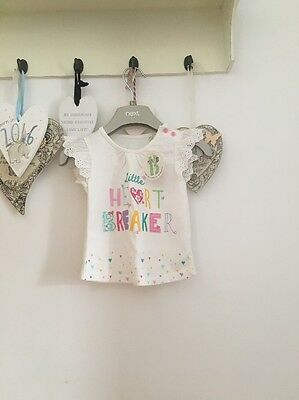 Baby Girls Brand New Cap Sleeved Top Age 9-12 Months White Says Little Heart Bre