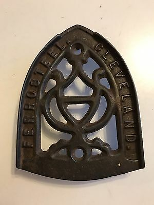 Antique Cast Iron Sad Iron Trivet Ferro Steel Cleveland