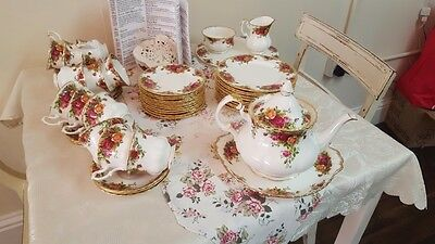 Royal Albert Old Country Roses Tea Set - Beautiful mint condition
