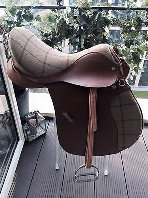 Very Rare Hackett Tweed And Leather Barnsby Gp Saddle