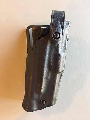 Safariland ALS Right Hand Duty Holster: Glock 17/22 w/weaponlight 6360-832-131