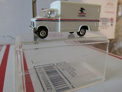 Vintage  U.s.  Postal Service Ho Scale Chevy Postal Truck With  Display Case