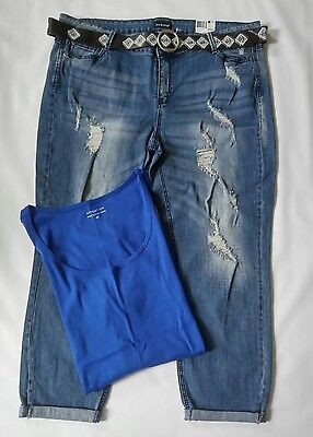 Lot of womens clothes/ outfit size 22W and 3X- Lot S16