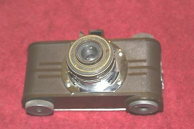 "Argus"" A "" 35 Mm Olive Drab Color Camera"