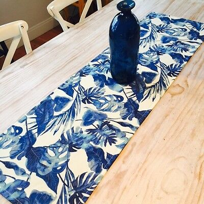 **STUNNING NEW INDOOR/OUTDOOR TOMMY BAHAMA TABLE RUNNER 135cm**