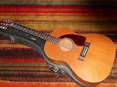 Vintage Gibson  LG-O  Acoustic Guitar With Case & Old Martin Guitar Strings