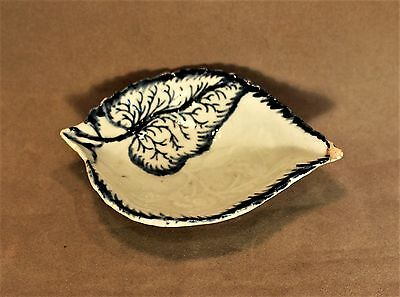 18th c. English Pearlware Leaf Shaped Pickle Dish c. 1775