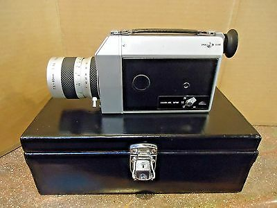 Vintage Canon Super 8  Auto Zoom 814 Movie Camera / With Case And Lens