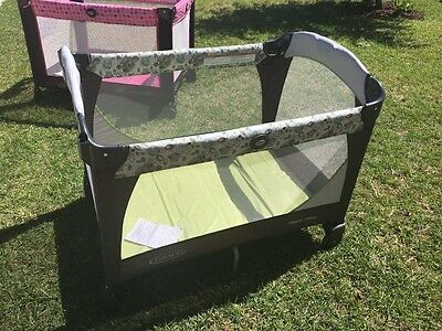 New Graco Pack N Play Gender Neutral Green Leaves Portable Crib Pen Yard Travel
