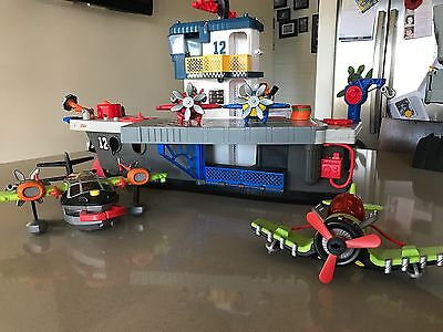 Imaginext Aircraft Carrier With 4 Planes