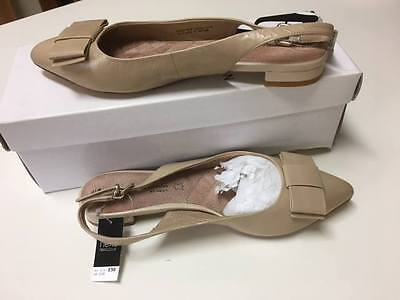 Nine West leather Nude Flat shoes Size 7 (37.5)